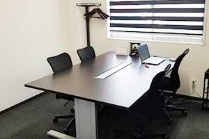 松山事務所打合せ室