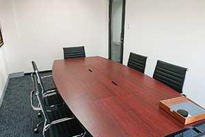 徳島事務所打合せ室